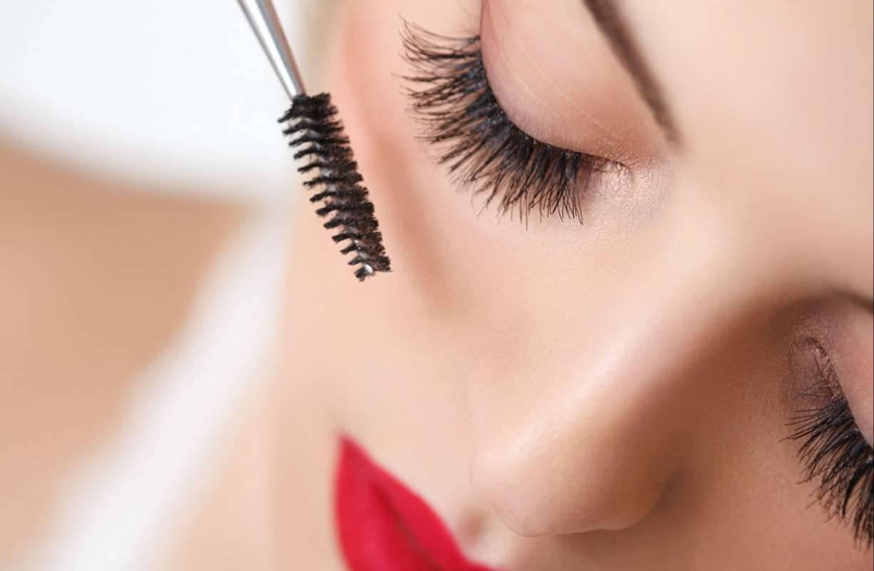 Martedì 16 MARZO - Giornata trucco con una truccatrice make-up stilista