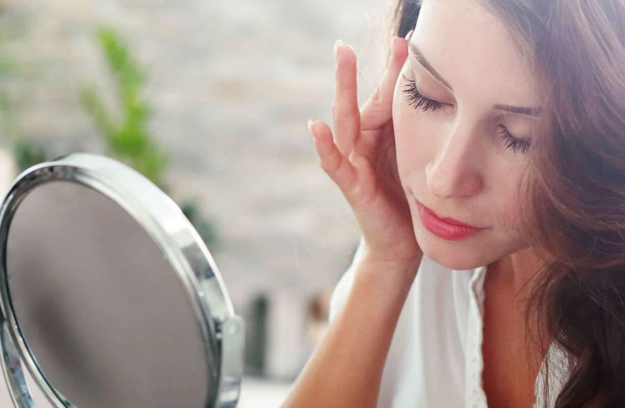 Pelle e inverno, come proteggere la pelle con utilizzo di creme idratanti