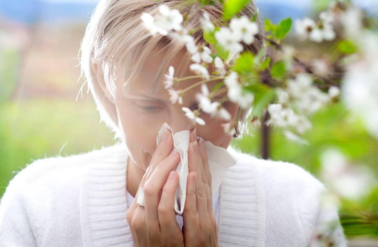 Allergie primaverili: quali sono e che sintomi scatenano
