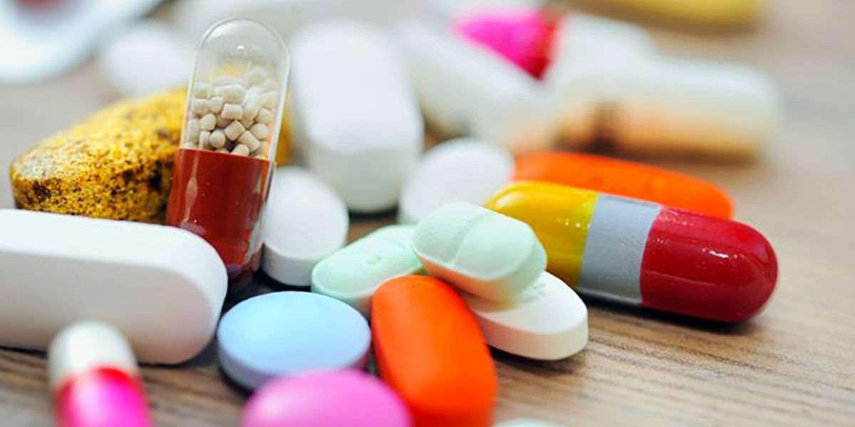 Richiesta farmaci tramite Mail / WhatsApp