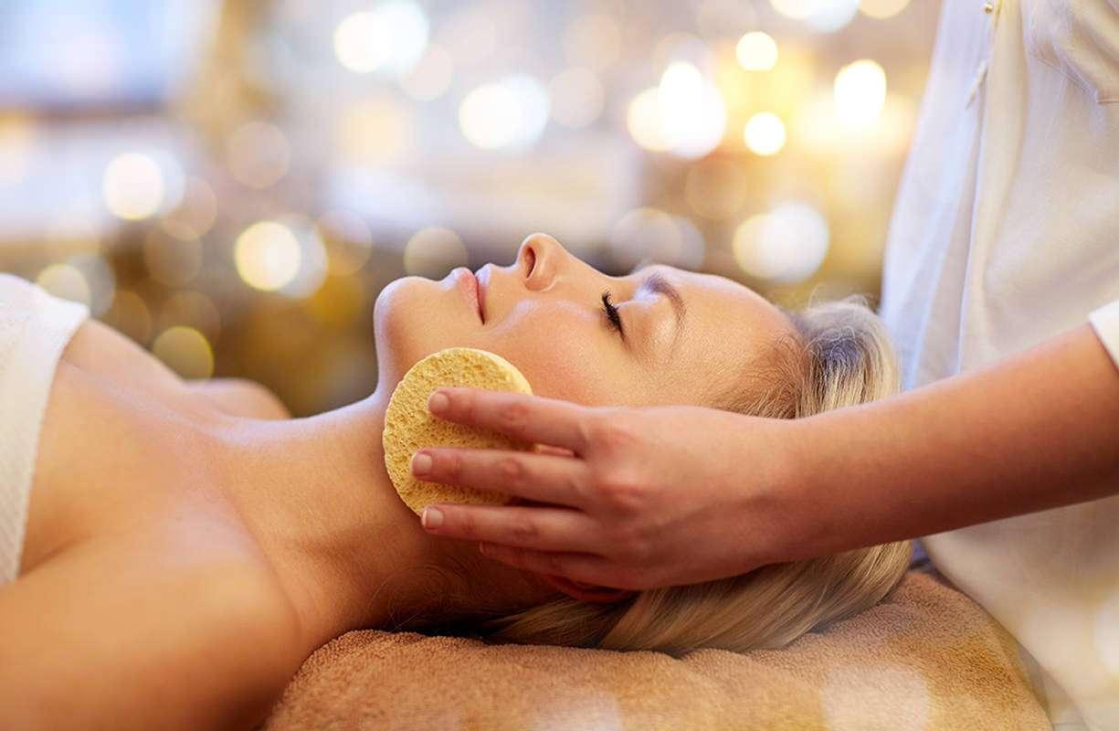 Lunedì 28 GIUGNO - Giornata bellezza con consulenza dermatologica gratuita
