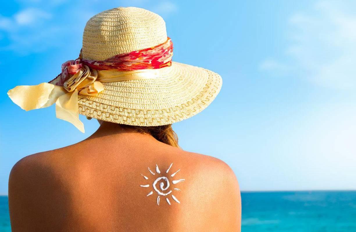 Migliori protezioni solari per ogni tipo di pelle senza rischio macchie solari, scottature ed eritemi
