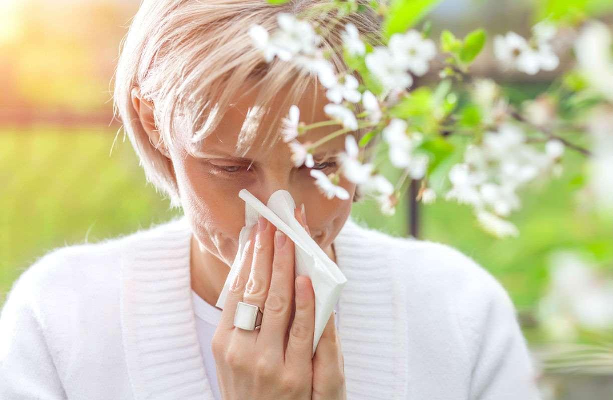 Come curare i sintomi della RINITE ALLERGICA con i farmaci omeopatici