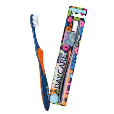 Curasept Daycare spazzolino Medio
